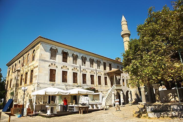 Cezayirli Gazi Hasan Paşa (Lonca) Camii